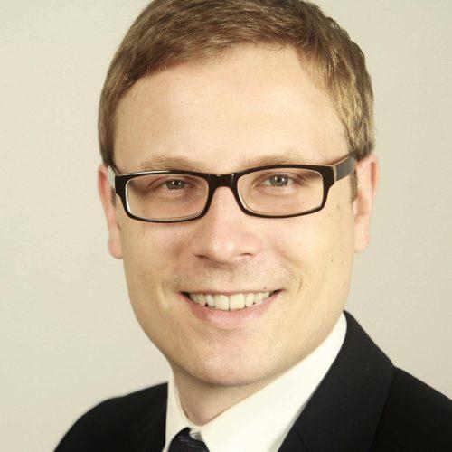 Dr. Dustin Schöder
