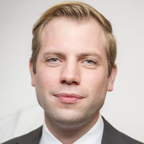 Dr. Geert Tjarks
