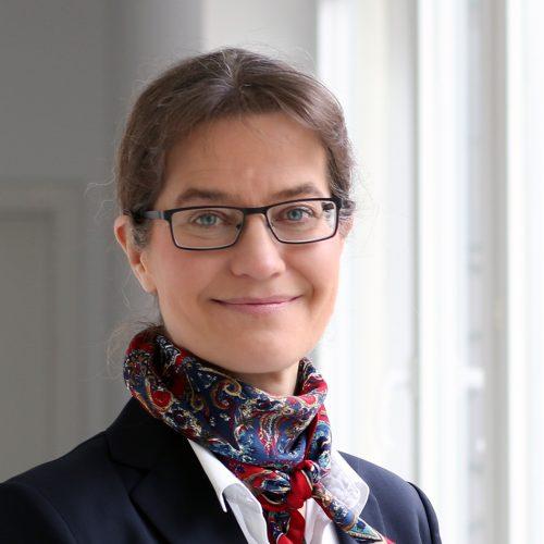 Prof. Dr. Karen Pittel
