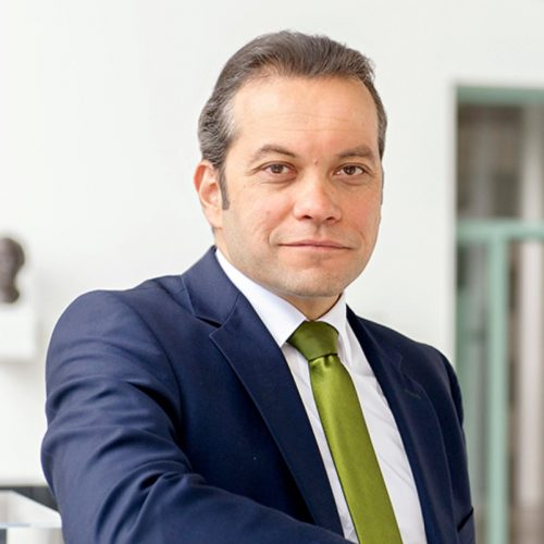 Dr. Daniel Chatterjee