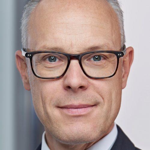 Dr. Thomas Schmid