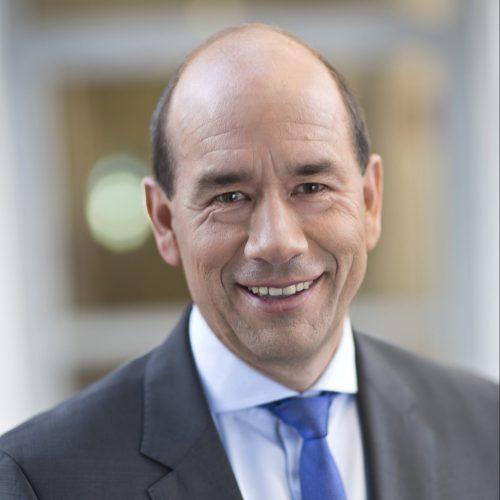 Dr. Helmar Rendez